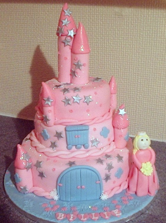 Girls Novelty And Birthday Cakes In Essex